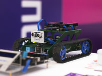 Build 9 PIC Microcontroller Engineering Projects Today! - Product Image