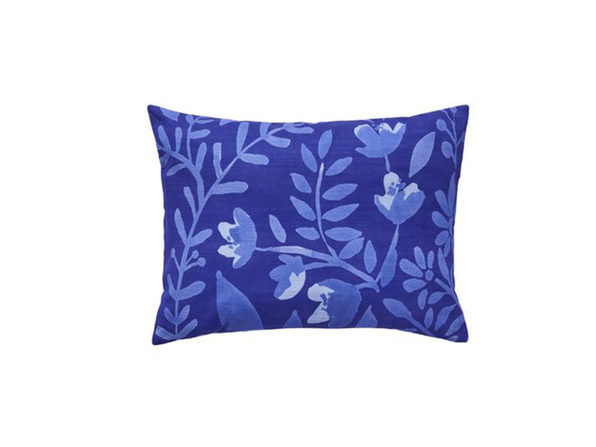 Bluebellgray Botanical Flower Pattern 100% Cotton 12 Inches x 16 Inches Throw Pillow, Offering a Fresh Take on Floral Design, Blue