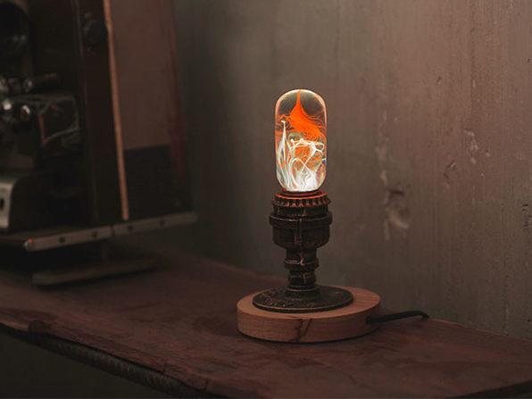 E.P. Eco-Friendly LED Light Bulb + Metal Base (Tango)