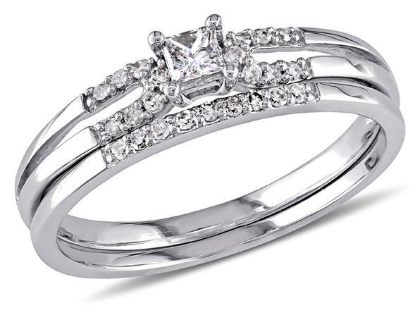 Princess Cut Diamond Engagement Ring & Wedding Band Set 1/5 Carat (ctw) in 10K White Gold - 10