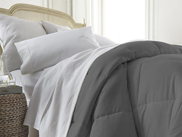 iEnjoy Home Down Alternative Comforter (Grey/Queen/Full)