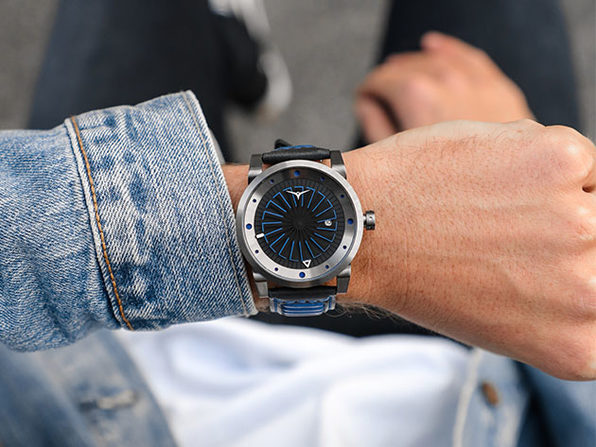 Blade Automatic Watch with 42H Power Reserve (Nitro)