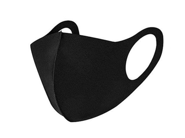 A black face mask