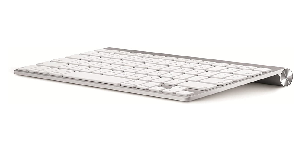 Apple Wireless Bluetooth Keyboard – White (Refurbished) on sale for 39% off at $59.99