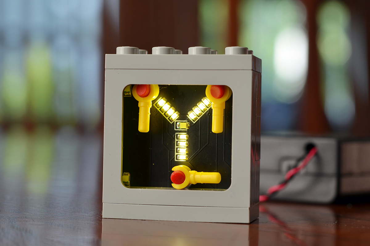 A DIY, light-up animated flux capacitor kit using real LEGO components.