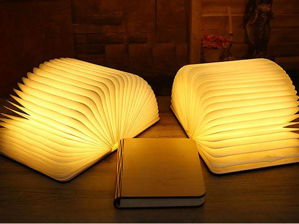 Oakwood Booklet Lamp (Medium)