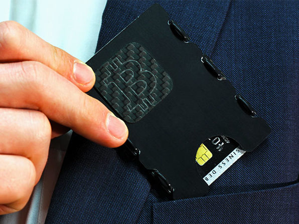 slimTECH Cryptolite Cold Storage Wallet