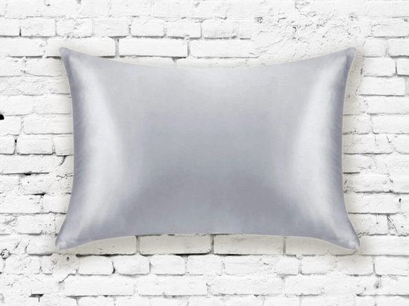 Silk Pillowcase (Silver)