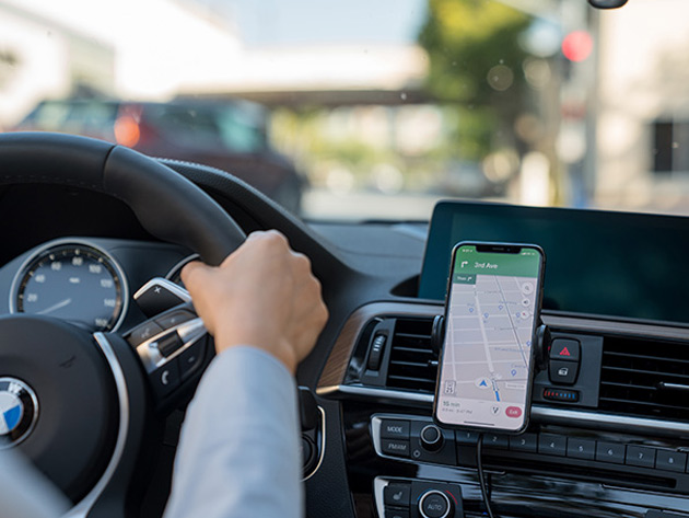 Hudly 10 W Fast Wireless Car Charger & Mount | StackSocial