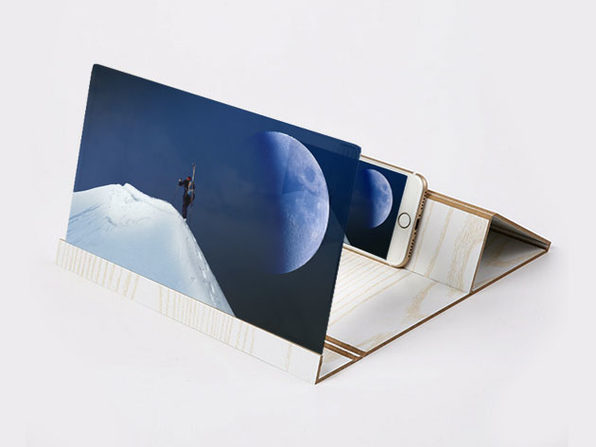 Portable Screen Magnifying Smartphone Mount