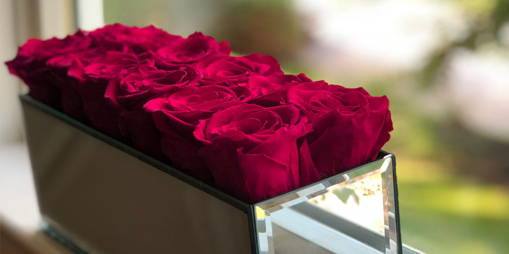 Rose BoxMirrored Table Centerpiece & 12 Everlasting Roses, on sale for $219.99 (reg. $299)
