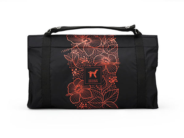 TUO: The Ultimate Travel Organizer (Hibiscus Black)