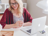 How to Win Jobs Freelancing on Upwork - Product Image