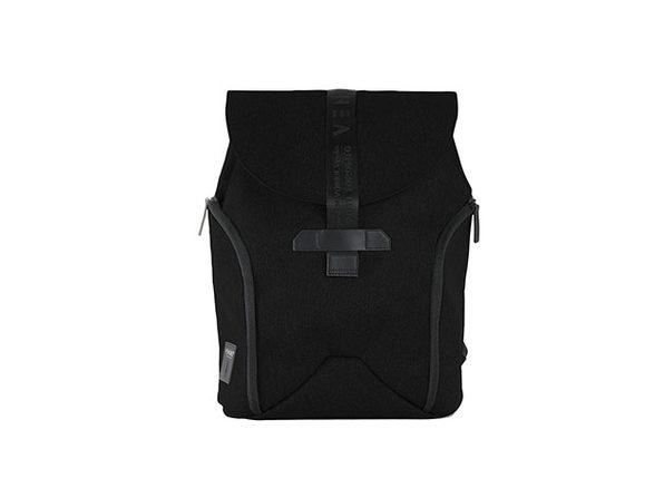 VENQUE® NY Daypack (Black)