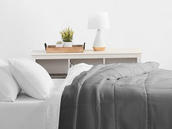 Home Collection All Season Down Alternative Comforter (Queen/Gray)