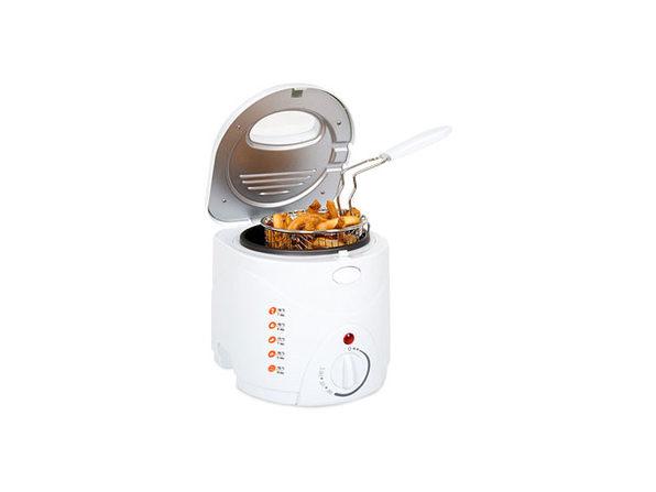 Classic Cuisine Cool Touch 1-Liter Deep Fryer