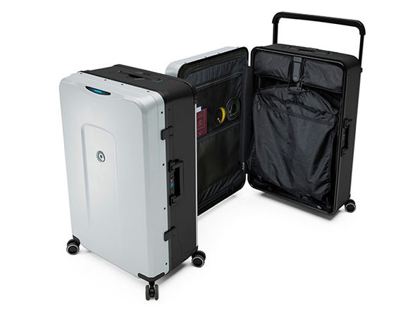 Plevo: Up - World's First Vertical Luggage