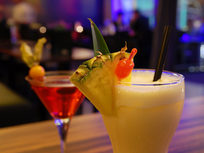 Bartending & Drink Mixologist Master Course - Product Image