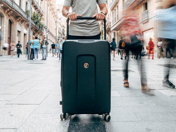 Plevo: The Infinite Smart Expandable Luggage