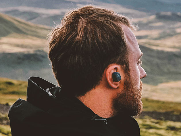 57f6c903ac4 If you invest more than $100 into a pair of wireless earphones, you  definitely want them to be durable — and these xFyro xS2's feature IP67  waterproofing, ...