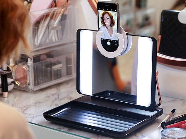 Spotlite HD Ultra Bright True Daylight Makeup Mirror (Smokey Eye)