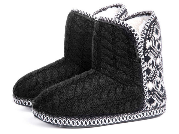 Women's Cheyenne Cable Knit Indoor Bootie Slippers (Black, Size 9.5-10.5)