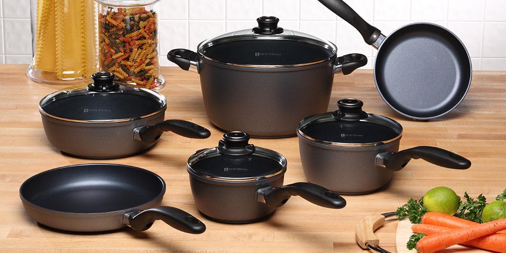Six pots and pans
